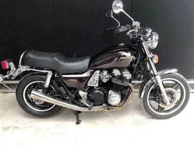 Lot 18-1982 Honda CB900C