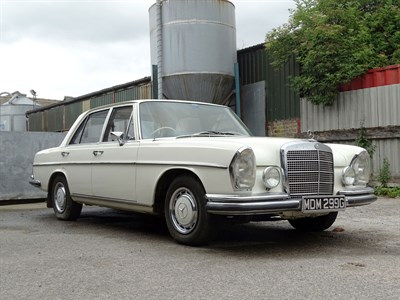 Lot 6 - 1969 Mercedes-Benz 280 SE