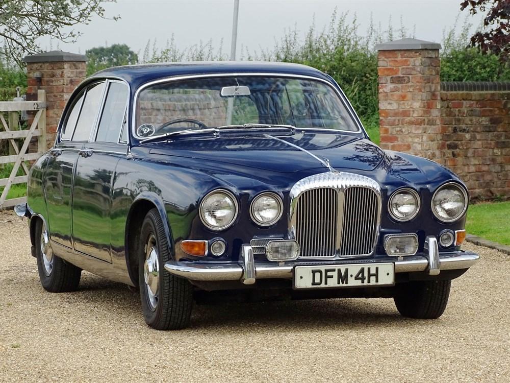 Lot 1 - 1969 Daimler Sovereign 4.2