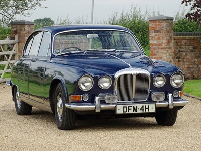 Lot 1-1969 Daimler Sovereign 4.2