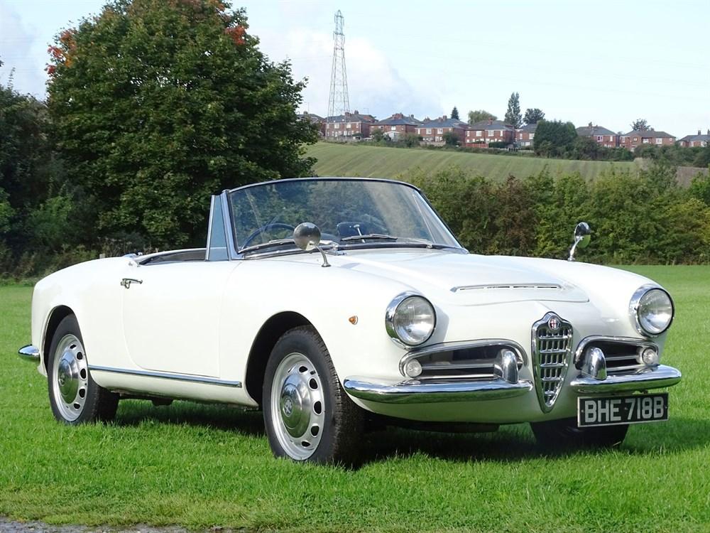 Lot 34-1964 Alfa Romeo Giulia 1600 Spider