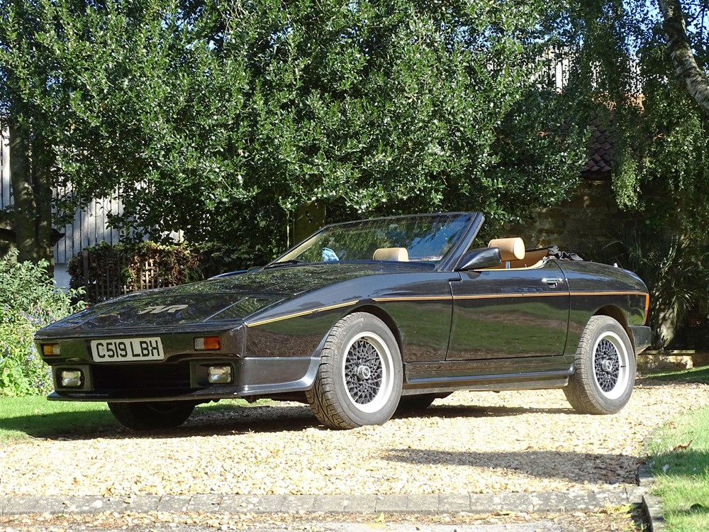 Lot 13-1986 TVR 350i Convertible