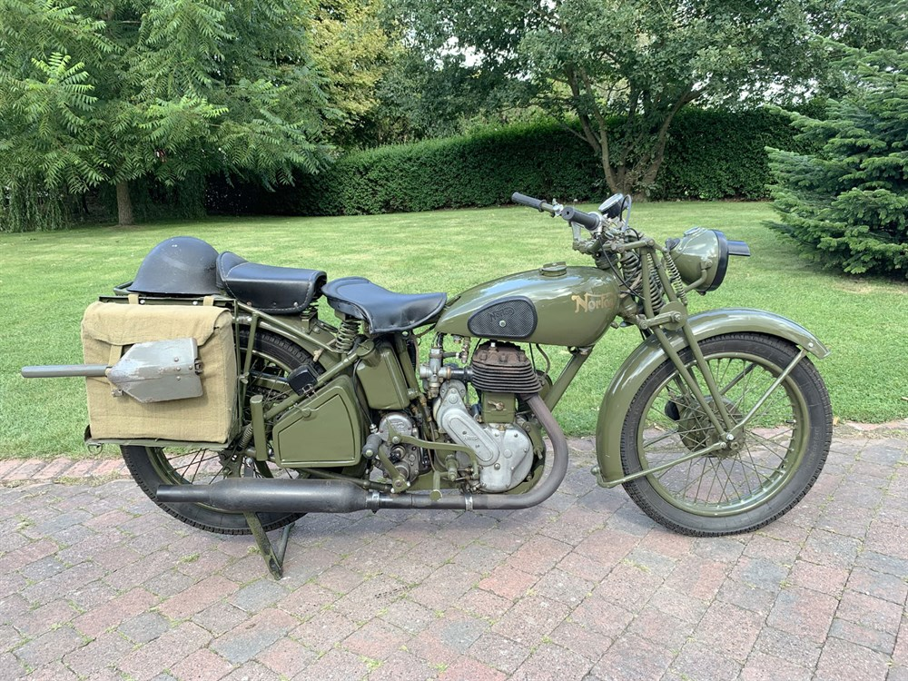 Lot 31-1941 Norton Model 16H WD