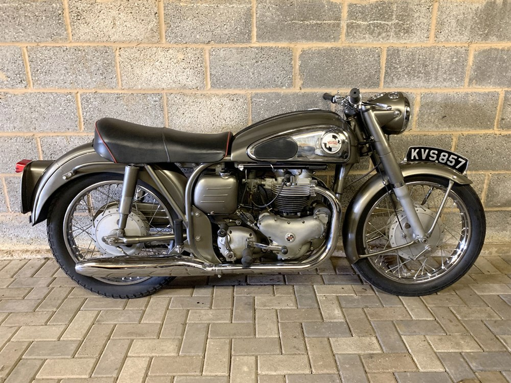 Lot 34-1958 Norton Dominator 88