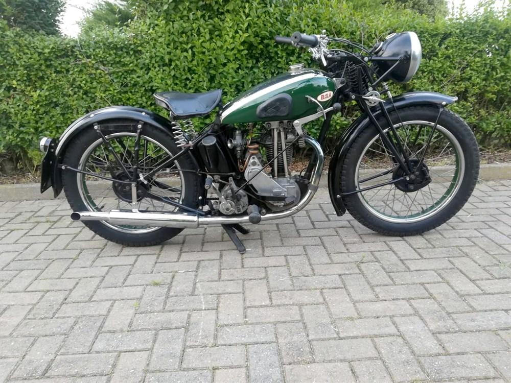 Lot 72-1936 BSA B18