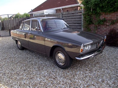 Lot 4-1967 Rover 2000 Saloon