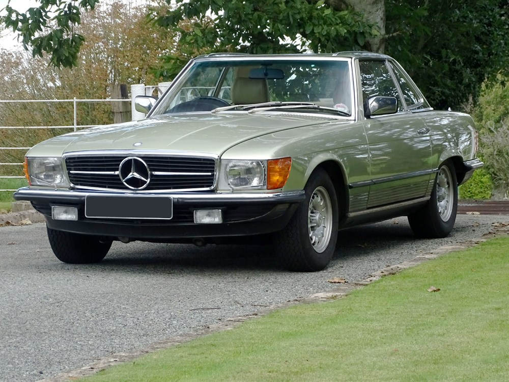 Lot 69-1983 Mercedes-Benz 500 SL