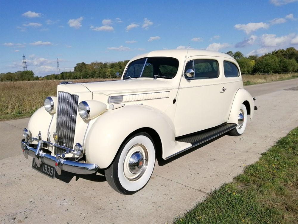 Lot 48 - 1939 Packard Six Sedan