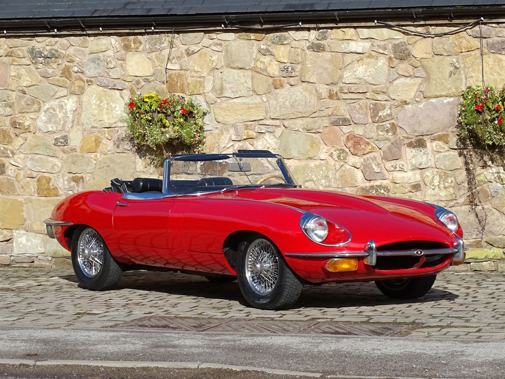 Lot 93-1969 Jaguar E-Type 4.2 Roadster