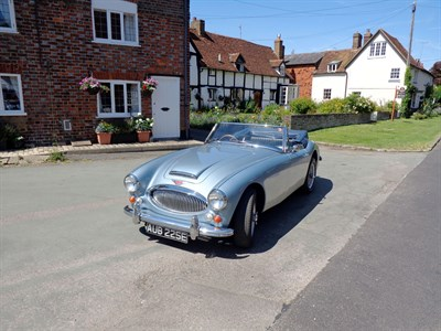 Lot 88-1967 Austin-Healey 3000 MKIII