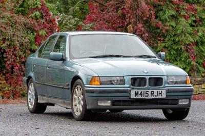 Lot 37-1995 BMW 320i