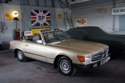 Lot 14-1980 Mercedes-Benz 280 SL