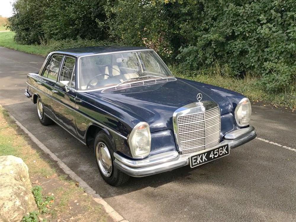 Lot 59-1972 Mercedes-Benz 280 SE