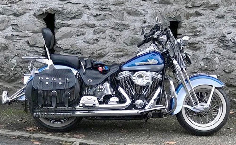 Lot 96-1999 Harley Davidson FLSTS Heritage Springer Softail