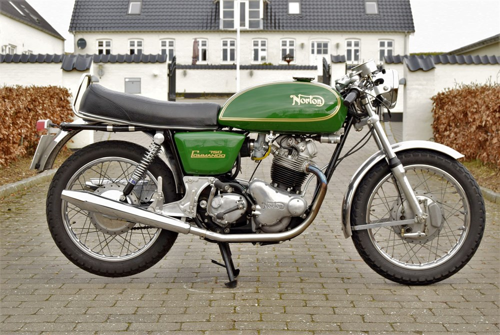 Lot 48-1972 Norton Commando 750