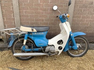 Lot 4-1984 Honda C50 LAC