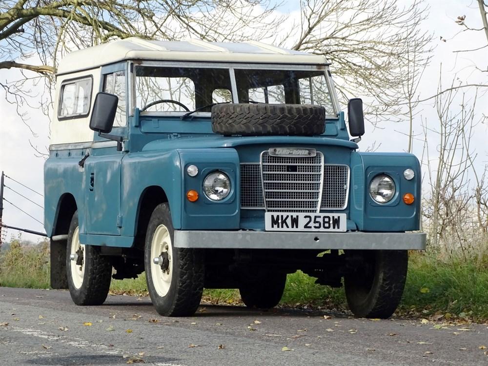 Lot 21-1980 Land Rover 88 Series III