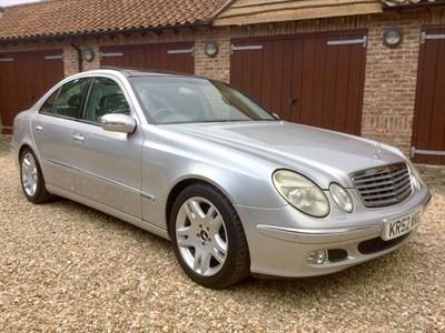 Lot 32-2002 Mercedes-Benz E 500 Elegance