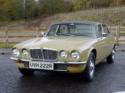 Lot 10-1976 Jaguar XJ6 4.2