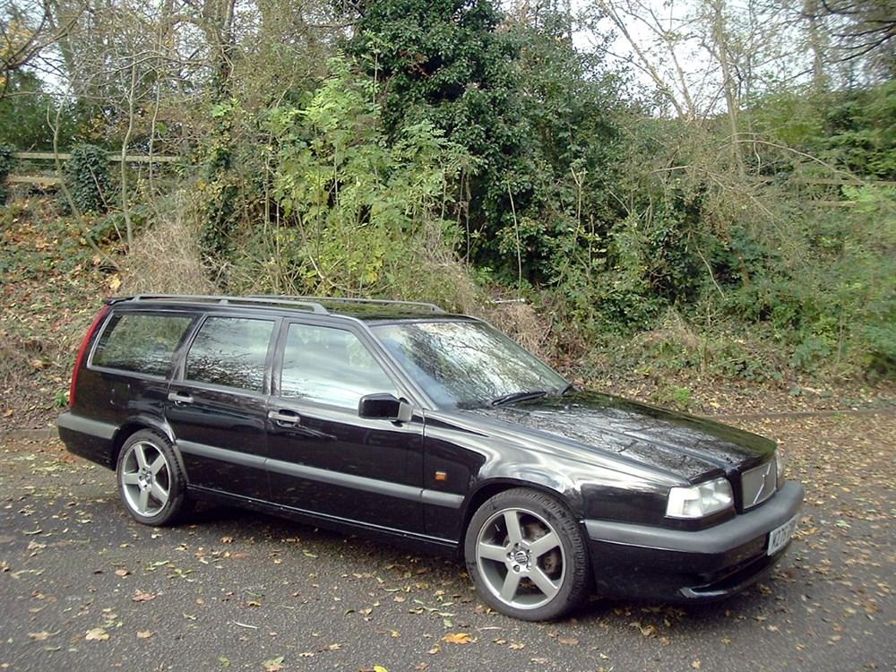 Lot 26-1995 Volvo 850 T-5R Estate
