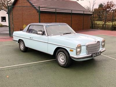 Lot 48-1974 Mercedes-Benz 280 CE