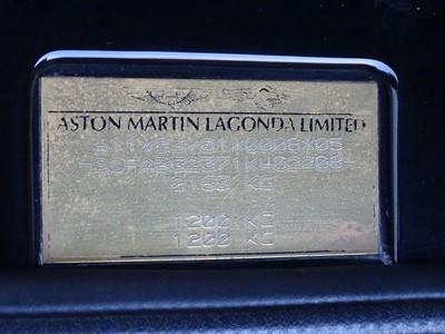 Lot 77-2002 Aston Martin DB7 Vantage Volante