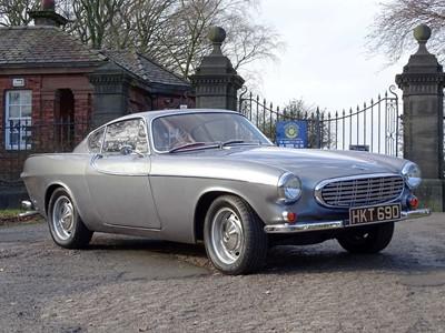 Lot 34-1966 Volvo P1800 S