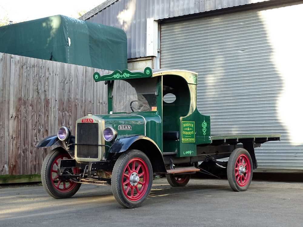 Lot 40-1927 Bean Flatbed Truck
