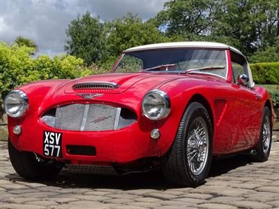 Lot 77-1961 Austin-Healey 3000 MKII 2+2